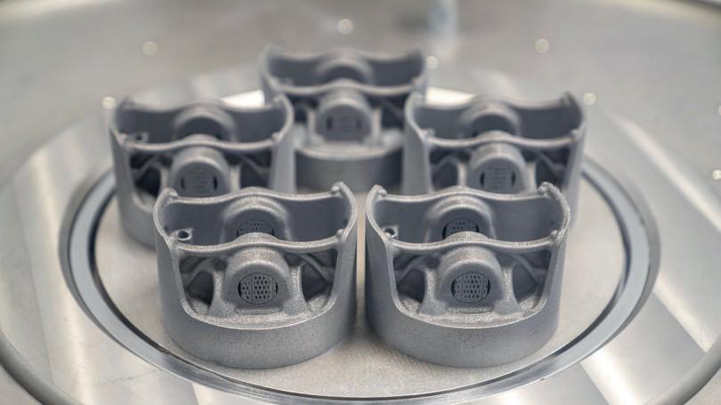 Porsche-3D-Printed-Pistons