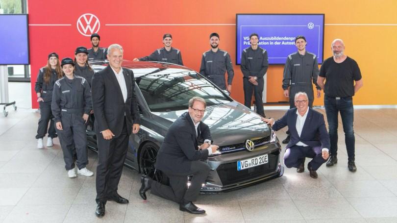 VW-Golf-GTE-HyRACER-Concept-3