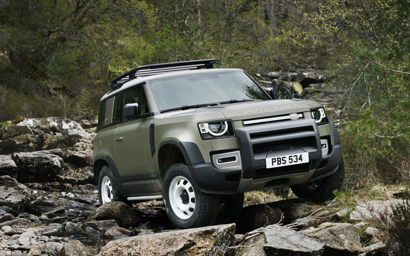 DEFENDER 2.0D AWD Auto First Edition 240PS