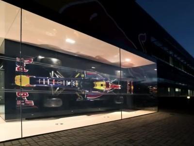 Infiniti Red Bull Racing - Rhythm of the Factory