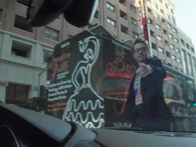 O Robert Downey Jr. με το Audi e-tron GT