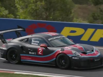 Ο Mark Webber με τη νέα Porsche 911 GT2 RS Clubsport