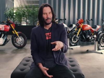 O Keanu Reeves και οι μοτοσικλέτες του