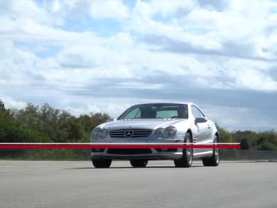 """14χρονη Mercedes SL 55 AMG """"βρυχάται"""" στα 315 km/h"""