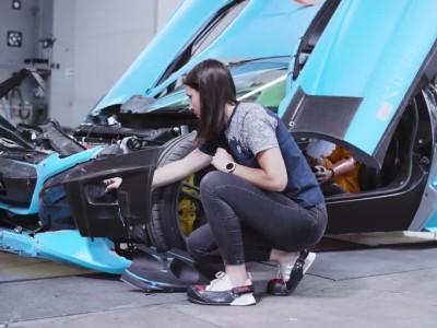 Πώς γίνονται τα crash tests σε ένα hypercar;