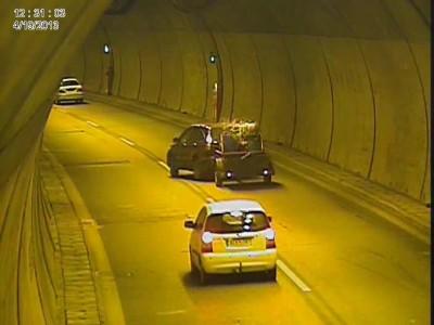 Ατύχημα με ρυμουλκούμενο σε ελληνικό τούνελ