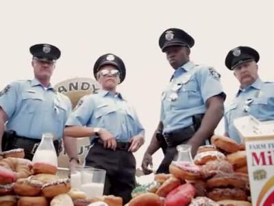 iQ_COPS N DONUTS